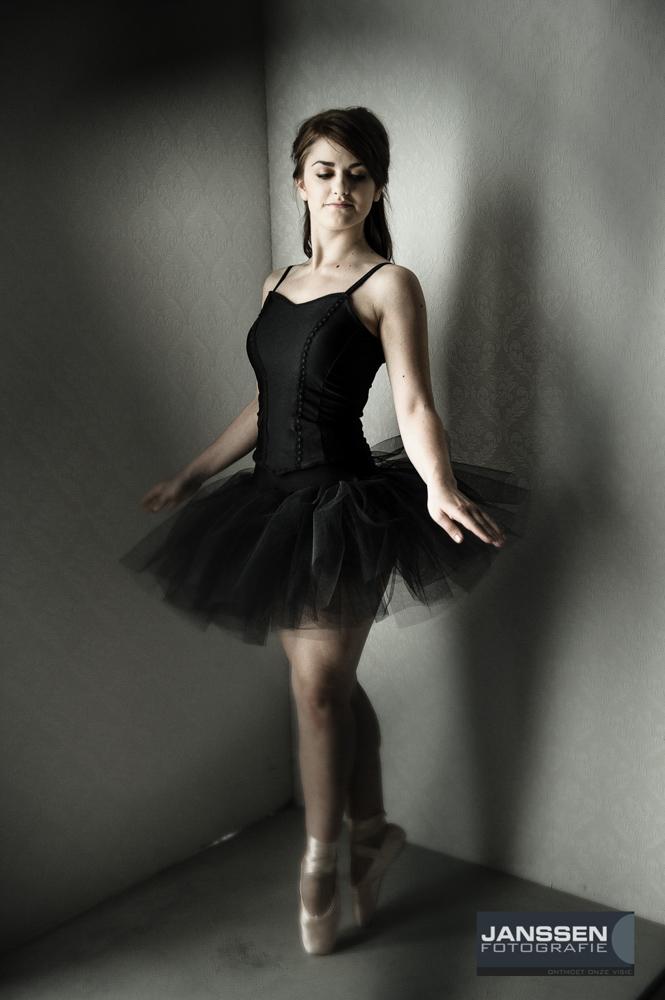 fotosessie met een thema ballerina in de studio
